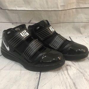 RARE 2009 Lebron James black patent Nike zoom (SH